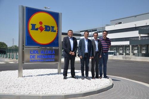 El alcalde visita las obras de la plataforma logística de Lidl en Alcalá de Henares