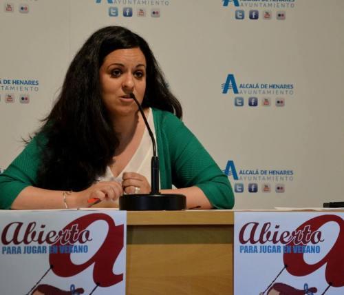 La concejal de Educación, Diana Díaz, durante la presentación del programa en mayo. Foto de Ricardo Espinosa Ibeas