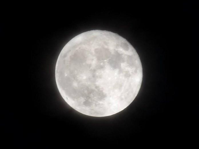 Superluna desde Alcalá de Henares