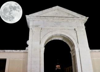 La Superluna en Alcalá