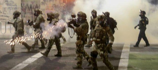 """ONU denuncia arresto arbitrarios y uso """"discriminatorio"""" de la fuerza contra manifestantes y periodistas en Estados Unidos"""