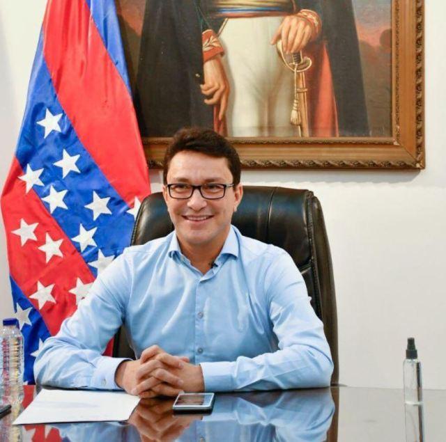 Caicedo se defiende de acciones antijurídicas de la procuraduría.