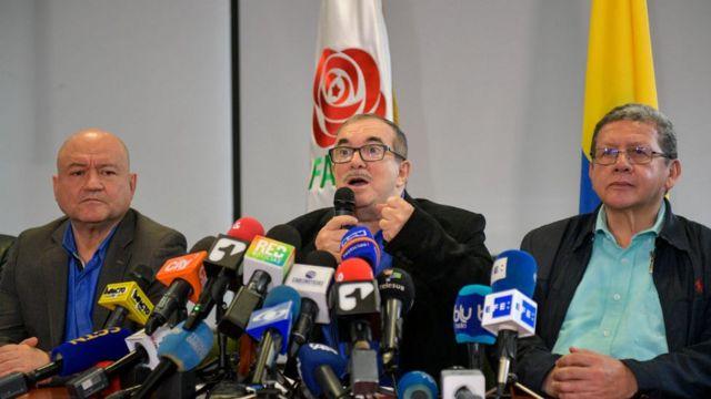 Farc-ep asume responsabilidad de seis asesinatos, incluido el de Álvaro Gómez Hurtado y Hernando Pizarro León.