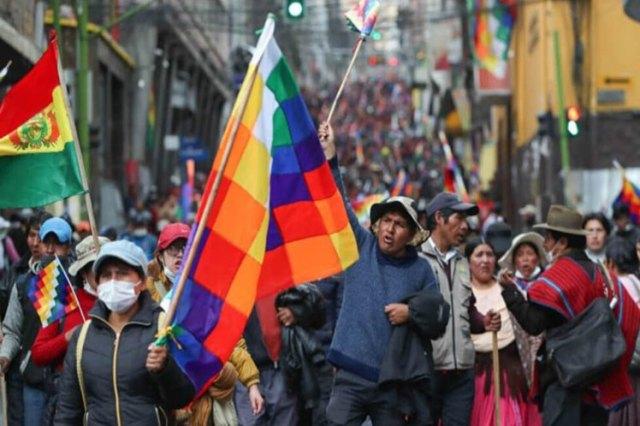 Bolivia, jerarquías Católica y evangélicas fueron derrotadas en las urnas