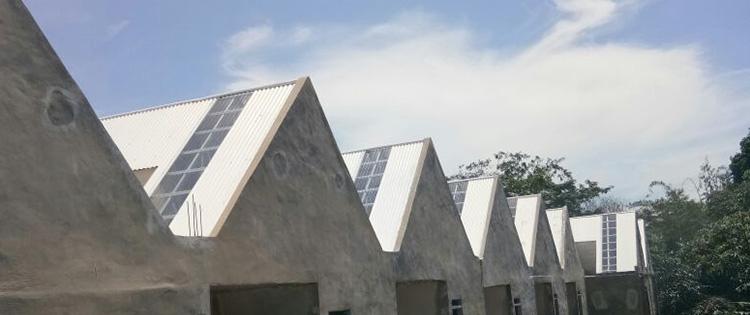 tips memilih bahan atap rumah alderon awet dan tahan lama