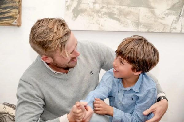AldoPIcs Family Portrait - Father and Kid