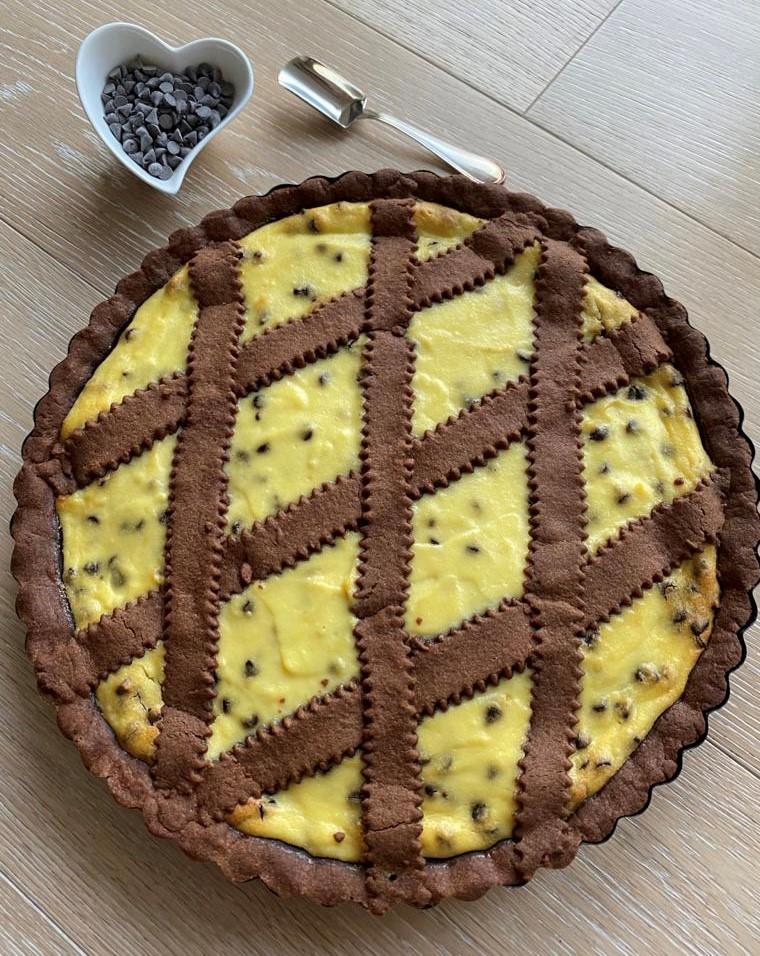 Crostata con frolla al cacao e ricotta