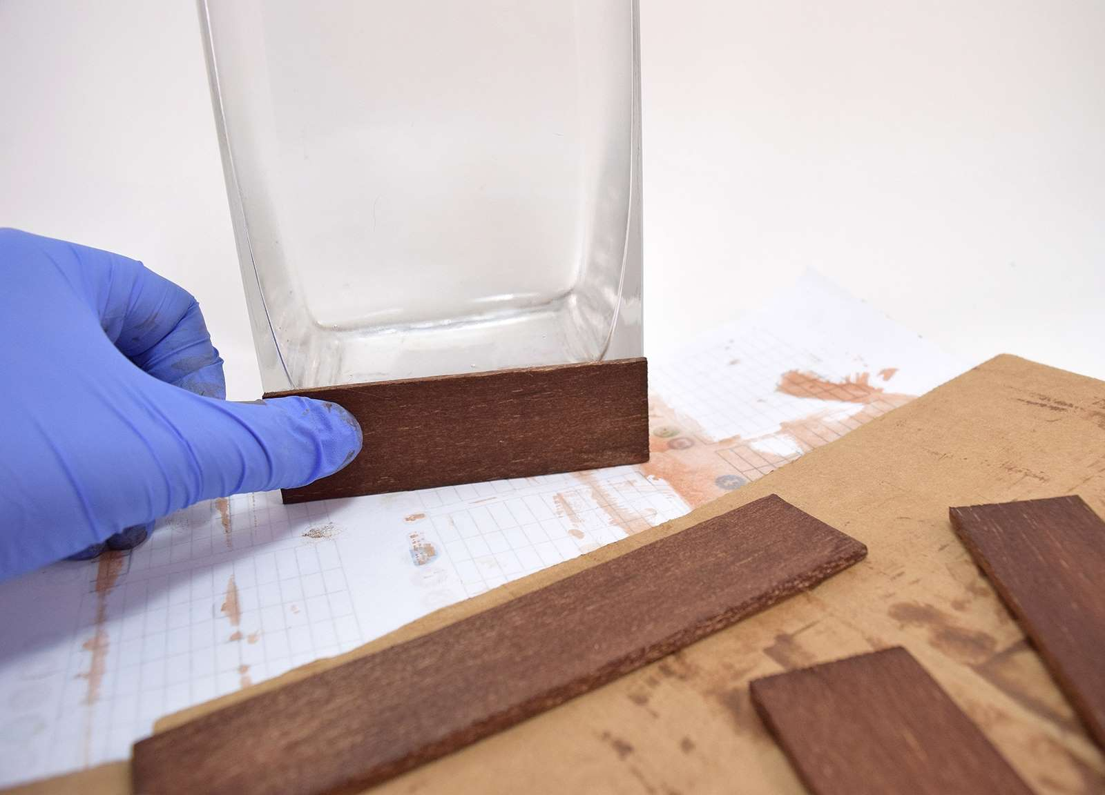 Glue Wood To Glass