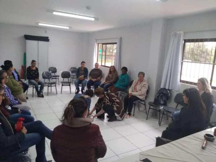 CRAS oferece oficinas de fortalecimento de vínculos para usuários