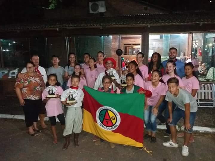 CTG Oswaldo Aranha, do Durasnal, conquista premiação na Campereada