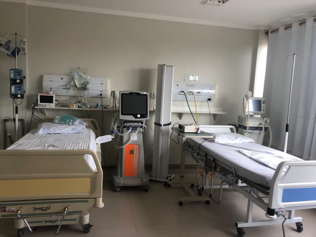 Com sistema de saúde em colapso, classe médica suplica por responsabilidade da população em relação à Covid-19