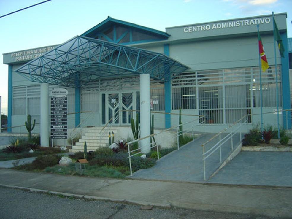Prefeitura de Pantano Grande registra surto; prefeito e vice estão entre os 55 casos