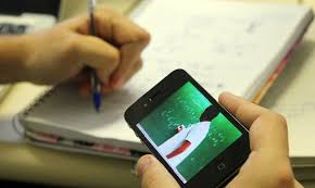 Raymundo Carvalho mantém aula virtual