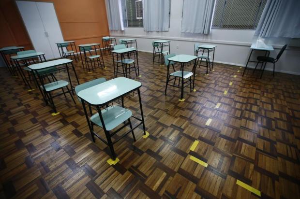 Escolas do estado recebem EPIs e se preparam para volta às aulas