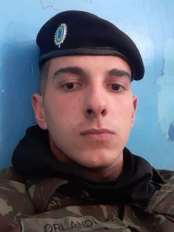 Comando e integrantes do 12º BE Cmb Bld lamentam a morte prematura do soldado Orlandi