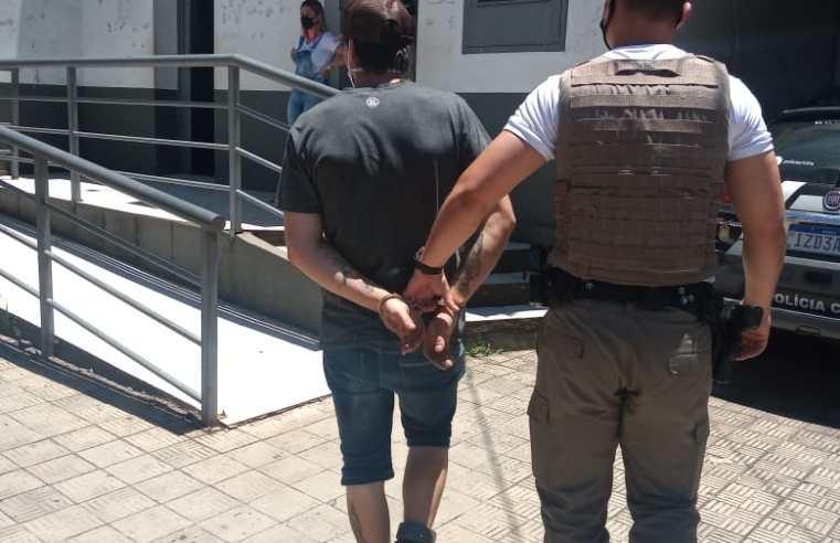 Brigada Militar prende foragido da justiça no Bairro Airton Senna