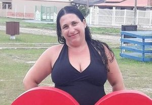 """""""Sempre com um sorriso no rosto, ajudava os vizinhos e os alunos da escola"""", conta irmã de merendeira assassinada no bairro Sarandi"""