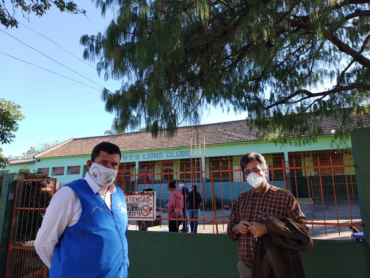 Vereadores Anilton e Bocão inspecionam condições das escolas para volta das aulas presenciais em Alegrete