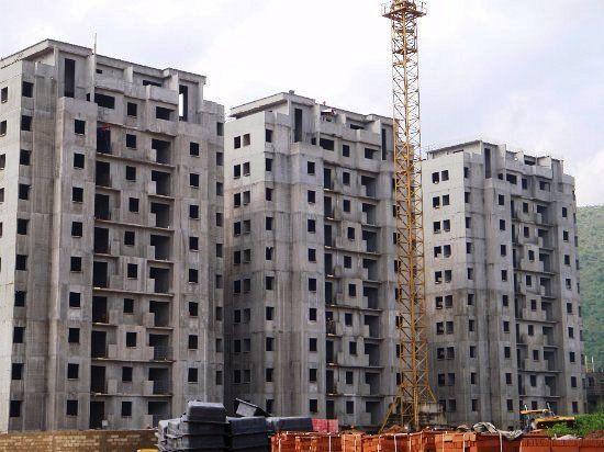 Edificio de departamentos, de 11 niveles, completamente a base de muros de concreto armado