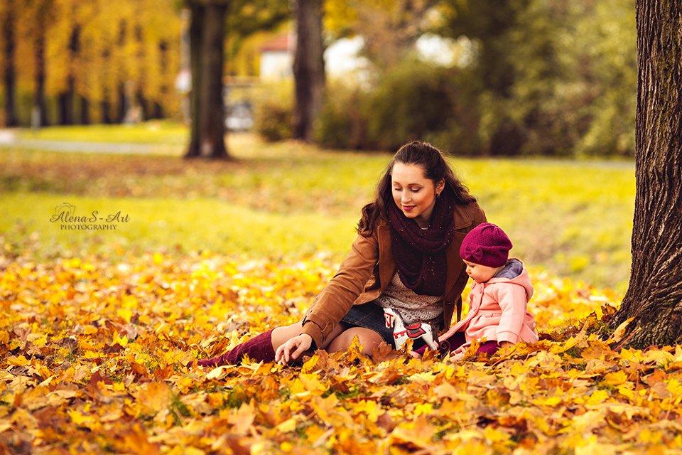 Erster Herbst fr unseres Baby  Fotoshooting mit Herbstbltter