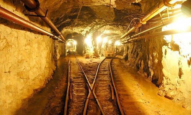 Mina de oro en Colombia.