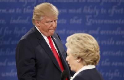 Los candidatos a la presidencia de Estados Unidos, durante el último debate electoral.
