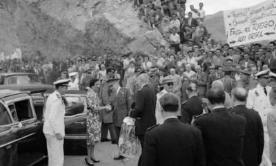 Franco, inaugurando el pantano de Oliana, en Lérida. (José Demaría Vázquez, Campúa)