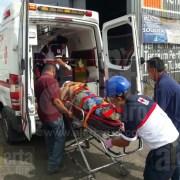 Trabajador resulta herido al caerle parte de andamio encima