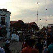 Las luces de terremoto y el mayor terremoto en 80 años