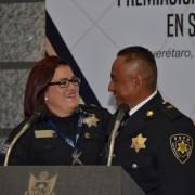 Entregan premio al Policía del Año en su novena edición