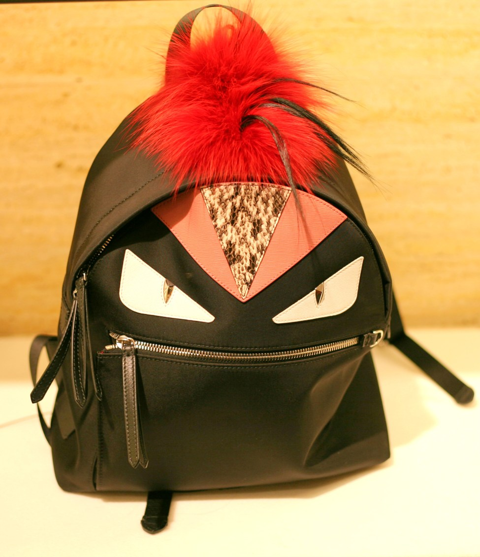 mochila-fendi-monster