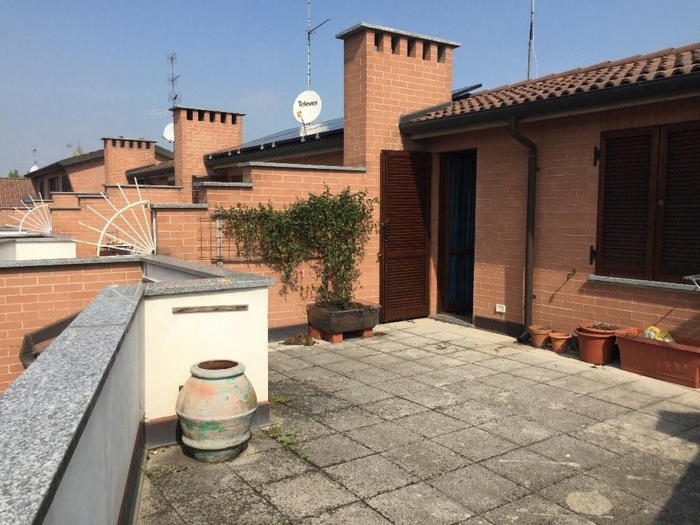 Casa Indipendente su due lati con giardino ad Alessandria