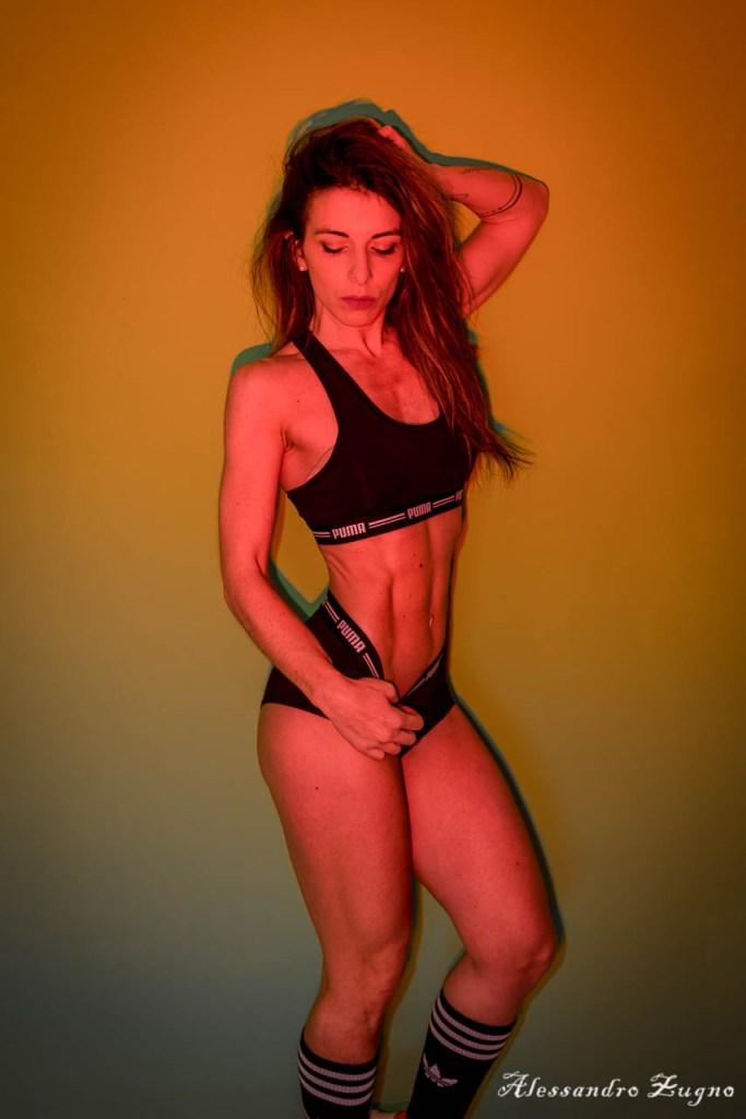 foto di fitness per book fotografico in palestra