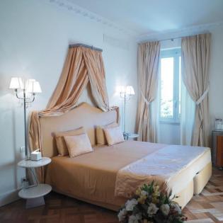 Luxury Hotel In Florecen for weddings