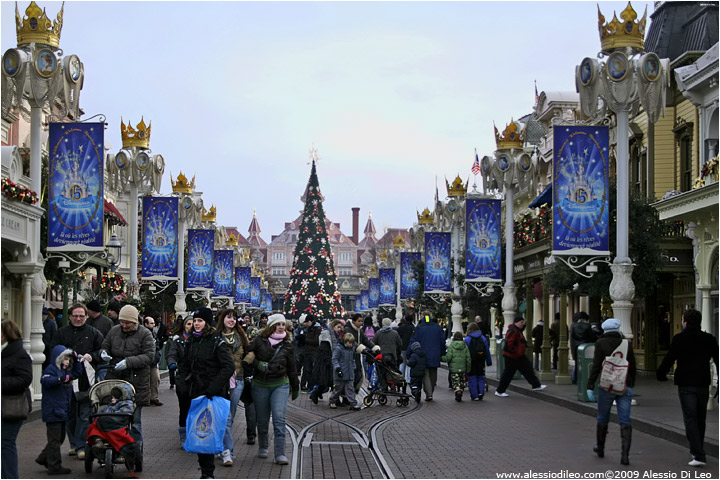 wwwalessiodileocom  Disneyland Paris