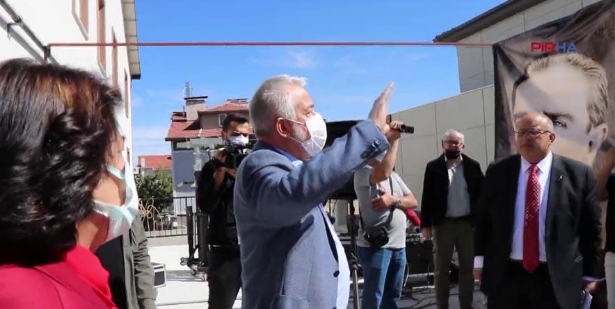 AKP'li Belediye Başkanı'ndan Hadsiz Müdahale