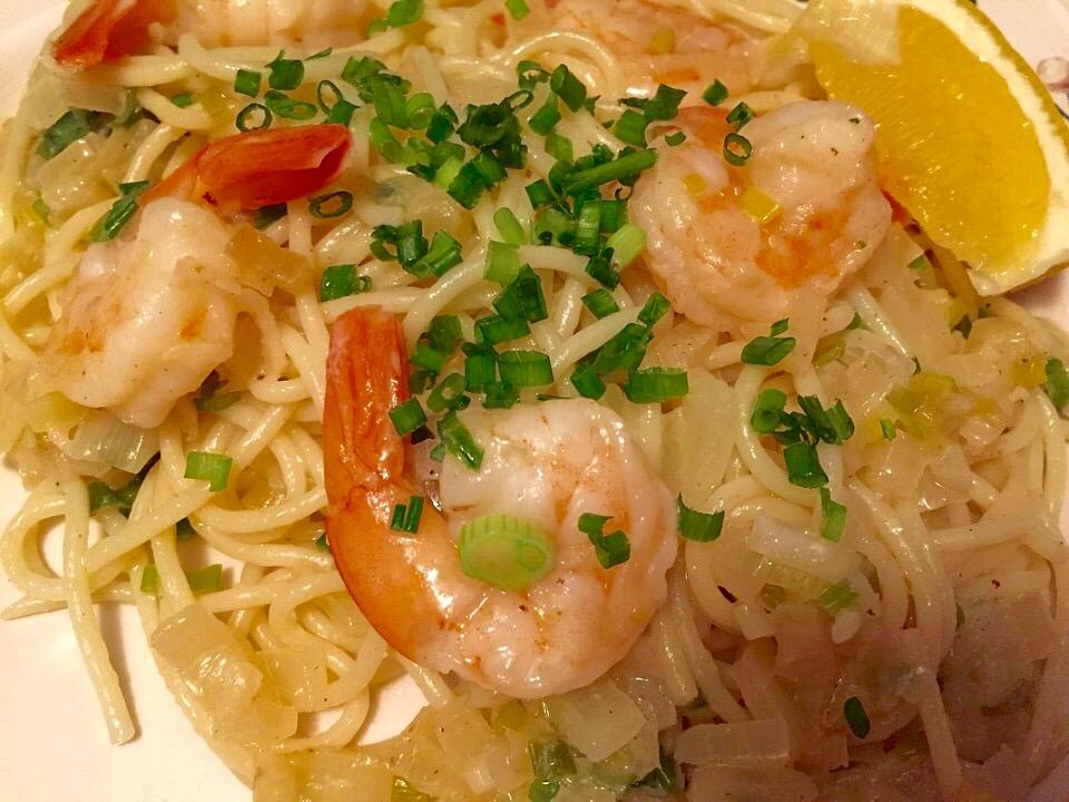 Shrimp Scampi with a Trio of Onions from Alexandersmom.com