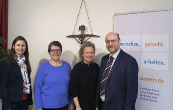 v.l.n.r.: Pfarrerin Dr. Sabine Behrendt, Dorothea Kroll-Günzel, Alexandra Hiersemann MdL, Dr. Johannes Rehm - Foto: Thomas Krämer