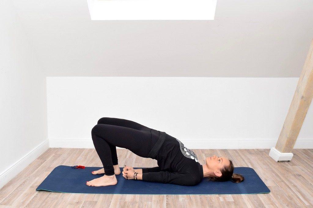 Yoga Setu Bandha Sarvangasana