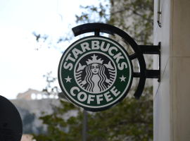 Starbucks will add Apple Pay support by early next year