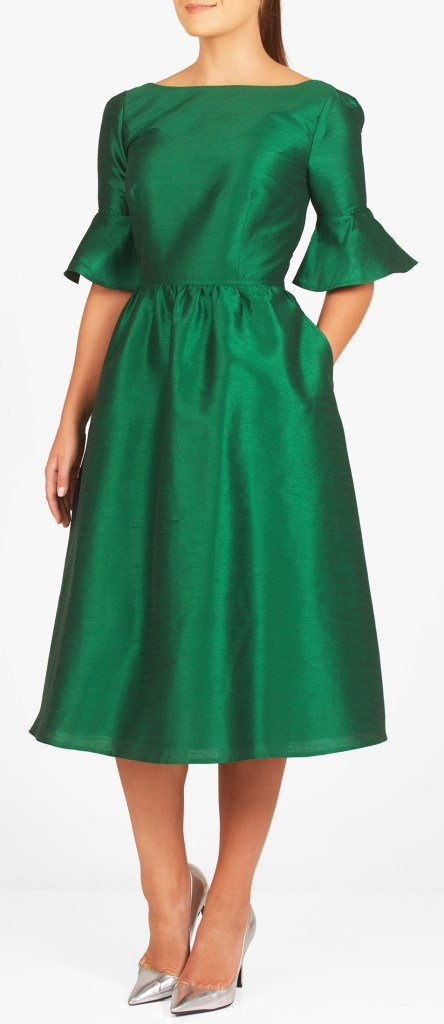 12 Plus Size Holiday Green Dresses {with Sleeves} - Alexa Webb