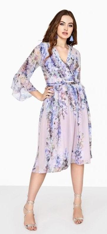 30 Plus Size Summer Wedding Guest Dresses {with Sleeves} - Plus Size Wedding Guest Outfits - Plus Size Fashion for Women - alexawebb.com #alexawebb