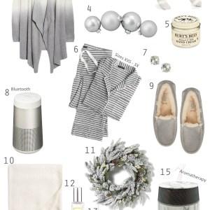 Gift Ideas for Her - Staying Cozy - Alexa Webb's Size Inclusive Gift Guide - alexawebb.com #alexawebb
