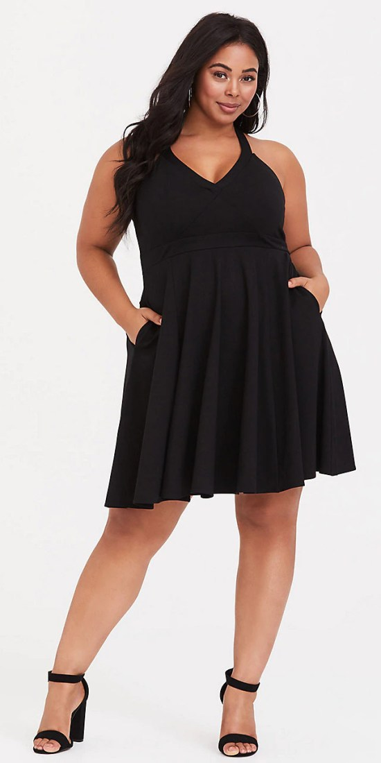 Plus Size Little Black Dress - Plus Size LBD - alexawebb.com #plussize #alexawebb