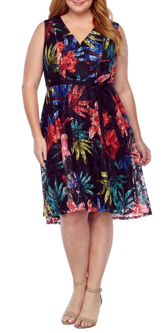 12 Plus Size Easter Dresses - Alexa Webb
