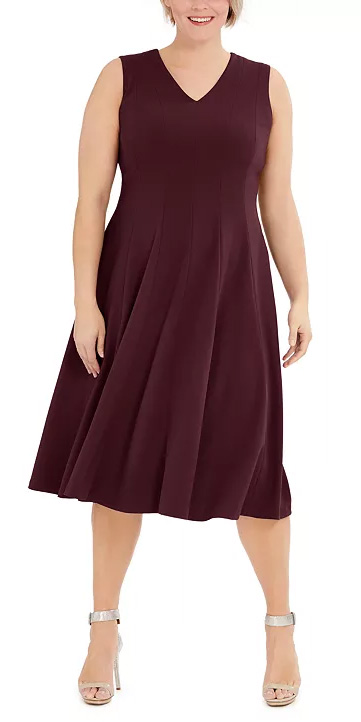 Plus Size Dresses for Inverted Triangle Shapes - Alexa Webb #plussize #alexawebb