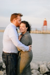 alicia-andrew-session-alex-good-photography-Racine Wisconsin Lakefront
