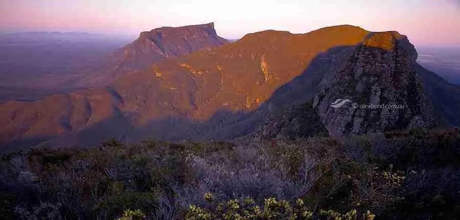 Stirling Range Ridge Walk Bluff Knoll from eastern peaks