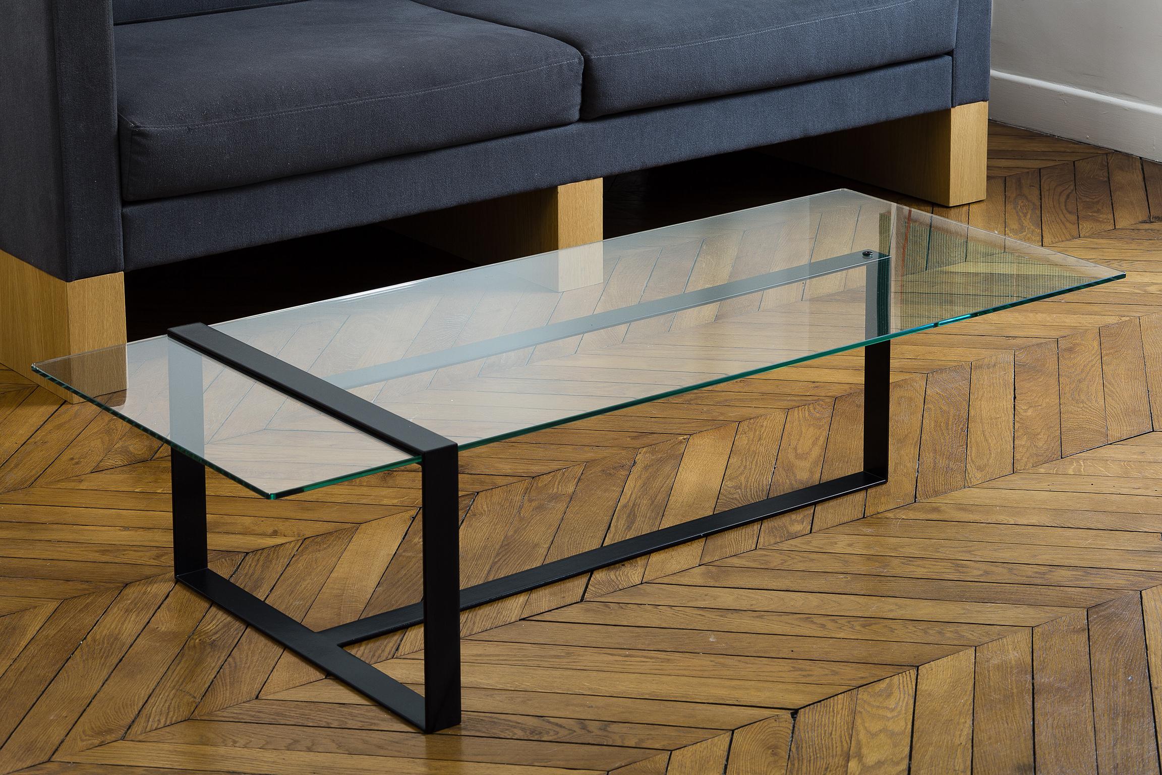 table basse en verre et metal design vintage annees 50