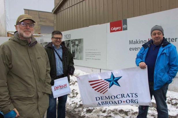 Frank Towers, an American history professor at the University of Calgary, with Jim Davis (middle) of Democrats Abroad at a March for Our Lives protest in Calgary, Alta., March 24, 2018. (Full disclosure: Dr. Towers was my honours thesis advisor.) (Alex Hamilton/SAIT.)